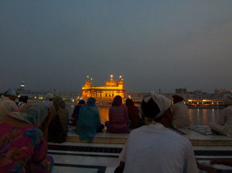 Golden_temple_in_amritsar