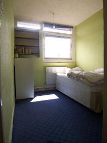 Flat_his_room